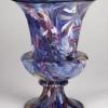 Grande vaso in vetro blu con spezzoni di canne in filigrana policrome e murrine